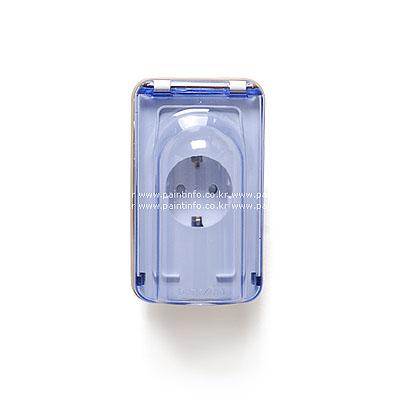 Shop/Itemimages/white-wallplug-lid-one-400.jpg