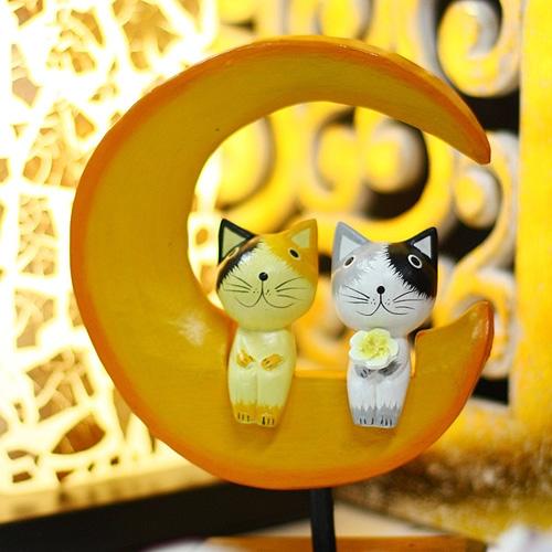 초승달위의 고양이커플세트 (목각고양이)