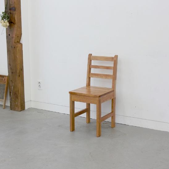 앨더 오리나무 원목의자