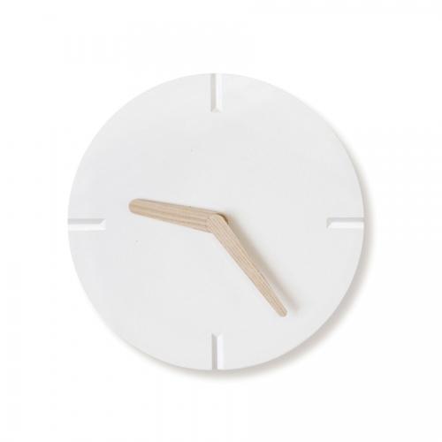 콘크리트브이컷우드벽시계