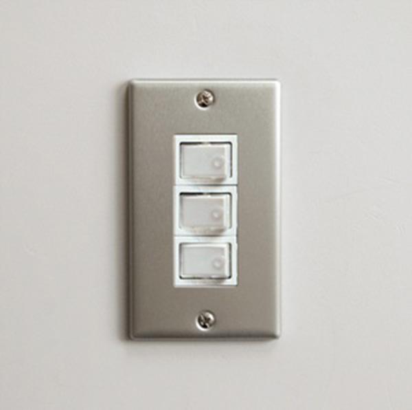P.F.S. Switch plate Alumi_3구 Plain