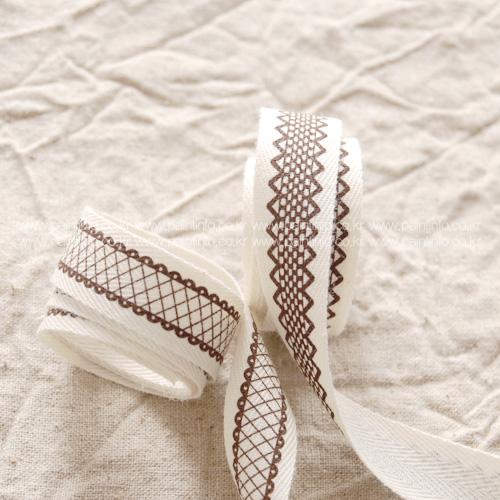 QC/ Lace Pattern Cotton Label